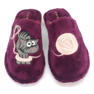Zapatillas gato y ovillo de lana - Color vino